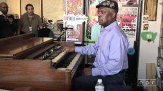 getlinkyoutube.com-Booker T. Jones: NPR Music Tiny Desk Concert