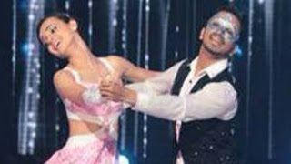 getlinkyoutube.com-Sanaya Irani aka Khushi's MESMERIZING DANCE PERFORMANCE in Jhalak Dikhla Jaa 8
