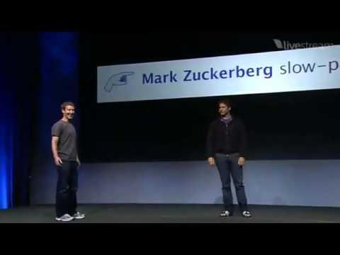 شبيه مارك مؤسس الفيس بوك يقدم عرض ساخرا