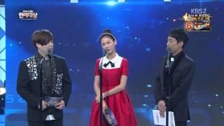 getlinkyoutube.com-2014 KBS 연예대상 김새론 CUT