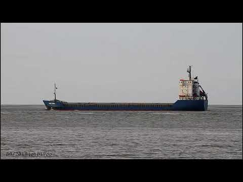 Click to view video AMIRA LAURA - IMO 9053842 - Germany - River Elbe - Otterndorf