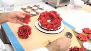 getlinkyoutube.com-Видео-урок: Лепестки розы из гампасты