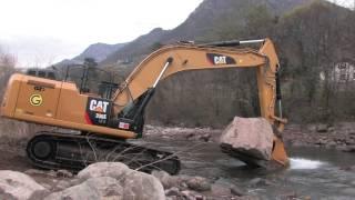 getlinkyoutube.com-Due escavatori ibridi 336E H Caterpillar lavorano a VIpiteno