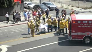 getlinkyoutube.com-Kid gets hit by car