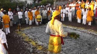getlinkyoutube.com-marche dans feu naminzo piton st leu  video de benoit lebon tout droit reserves