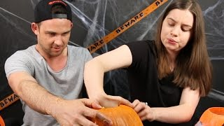 Australians Carve Jack-O'-Lanterns For The First Time