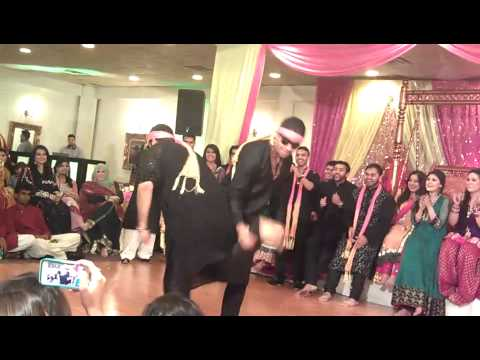 Fatima and Haseeb's mehindi surprise dance