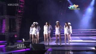 getlinkyoutube.com-SNSD 少女時代 ♥ Boyfriend + Tell Me Your Wish(Genie) Live HD