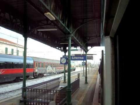 Treno in transito alla stazione di Villa literno(+carrozze ETR500)