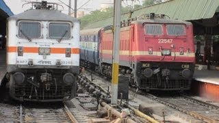 getlinkyoutube.com-Indian Railways: WAP4 vs WAP7, Which Locomotive is Better?