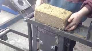 getlinkyoutube.com-Изготовление брикетов из опилок.