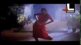 Rambha Hot Navel Masala rain wet saree song