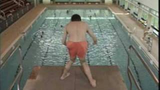getlinkyoutube.com-Mr. Bean The Swimming Pool