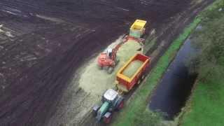 getlinkyoutube.com-131. Luchtopname - Maïs hakselen door Loonbedrijf Brak in De Wilgen 23-10-2015
