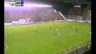 Primer gol de Leo Messi con la selección argentina [29-06-2004].