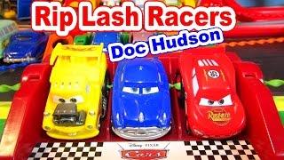 getlinkyoutube.com-Disney Pixar Cars Unboxing RipLash Racers Doc Hudson and Lightning McQueen
