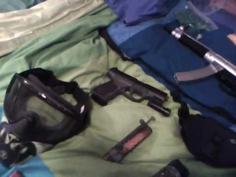 airsoft collection 2 hand guns 2 machien gun 1 rifel 1 shotgun