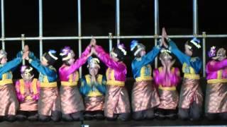 getlinkyoutube.com-Indonesian traditional dance: Saman dance from Aceh