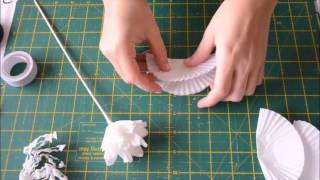 getlinkyoutube.com-Flor con molde de papel