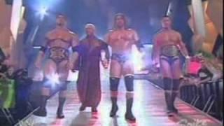 getlinkyoutube.com-WWE RAW 2004 Classic Evolution Entrance