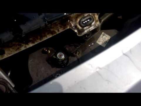 Моторчик стеклоочистителей на Almera Tino от Caldina