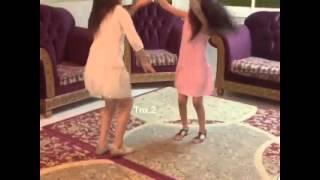 getlinkyoutube.com-رقص بنات صغار على شيلات 6