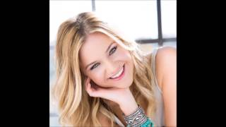 getlinkyoutube.com-Kelsea Ballerini-Stilettos-Lyrics in description