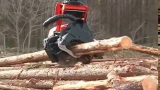getlinkyoutube.com-Komatsu hydraulic excavator that cuts trees in the forest