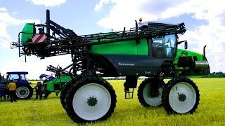 Демонстрация Сельскохозяйственной техники на дне поля