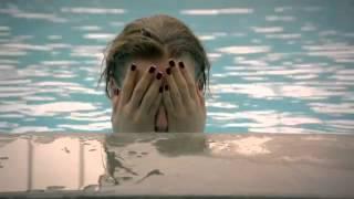 getlinkyoutube.com-Medcezir 17.Bölüm Serenay Sarıkaya Havuz Sahnesi