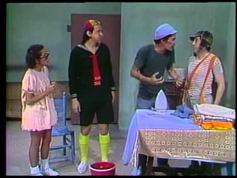 Chaves - Quem Mexe com Mangueira de Bombeiro Acaba Se Molhando Por Inteiro (1975)