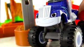 getlinkyoutube.com-Blaze and the Monster Machines toys - Minions toys - Big trucks for kids - Monster trucks