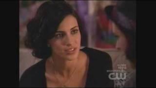 getlinkyoutube.com-90210 - Gia and Adrianna First Kiss