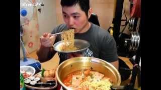 getlinkyoutube.com-3사 스팸라면 - 먹방 Spam Ramen of 3 famous company - eating!