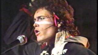 getlinkyoutube.com-Adam and the Ants - Stand and Deliver  (1981 Solid Gold)