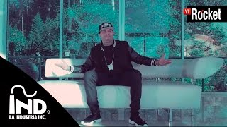 getlinkyoutube.com-Si Tu No Estas - Nicky Jam Ft De la Ghetto | Video Oficial