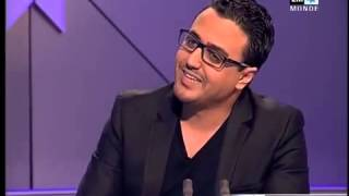 getlinkyoutube.com-رشيد يحرج مقدم اخبار دوزيم: كيفاش خرجات دوارتك اسي صلاح هههه