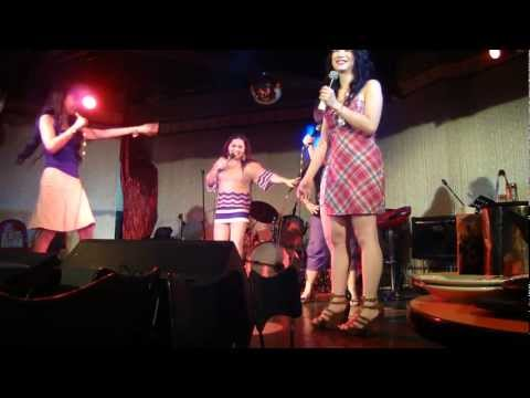 by Dingdong...maricar on stage comedy bar klownz philippines aug 2011 mariko betty angel osang