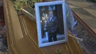 getlinkyoutube.com-Napoli - I funerali di Mario Da Vinci -live- (12.05.15)