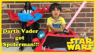 getlinkyoutube.com-Star Wars DARTH VADER GOT SPIDERMAN Surprise egg toys Disney Frozen Ryan ToysReview