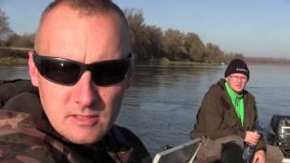 getlinkyoutube.com-Spinningowe wędrówki   odc.37   duży okoń !   jesienny spinning nad rzeką   szczupak sandacz