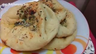 getlinkyoutube.com-Cheesy Garlic Tawa Naan without Tandoor - English Subtitles | Stuffed cheesy garlic Naan