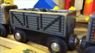 getlinkyoutube.com-Wooden Railway Remakes: Thomas and the Trucks