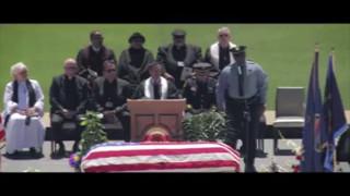 Policía de Kansas City rindió homenaje al detective Brad Lancaster