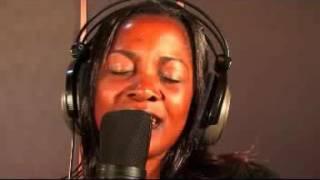 Gloria Muliro & Erasto Shengezi Kwetu Yesu Ni Rafiki Official Video