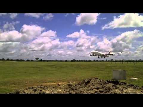 Srilankan AirLines A340 (AirBus) Landing at Mattala Rajapakshe International Airport
