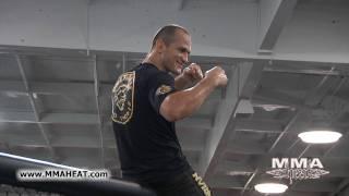 getlinkyoutube.com-Junior Dos Santos: UFC on FOX Open Workout (25min+)