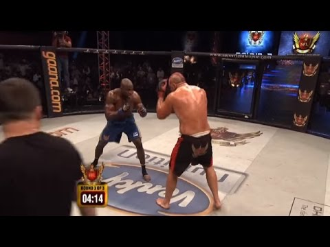 BOBBY LASHLEY Vs JAMES THOMPSON at SFL 3