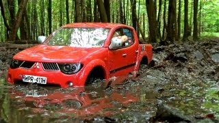 getlinkyoutube.com-RC Mitsubishi L200 / MUD AND DEEP WATER OFF-ROAD DRiVE