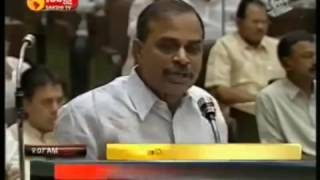 getlinkyoutube.com-YSR making fun on Chandra Babu's english language skills.